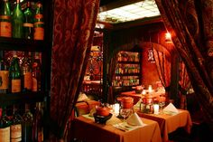 GEJA'S CAFÉ  Chicago's most romantic restaurant features fondue dining and live classical and flamenco guitar.