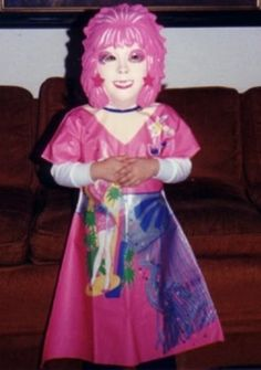 """This Jem costume is """"truly, truly outrageous."""" 23 Adorable Pictures Of Halloween Kid Costumes From The Retro Halloween, 1980s Halloween Costume, Halloween Fotos, Halloween Costumes For Teens, Halloween Pictures, Halloween Kids, Costumes For Women, Kid Costumes, Witch Costumes"""