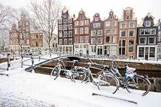 Amsterdam Winter, Amsterdam City, France Winter, Edinburgh Hotels, Paris Travel Guide, Paris Images, World Photography, Europe, Ultimate Travel