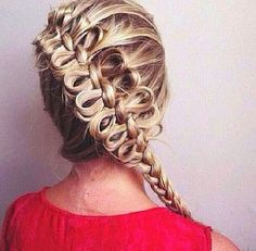 Diagonal Bow Braids video tutorials! | The HairCut Web!