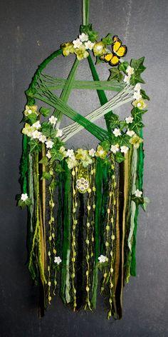 Pentagram Mixed Media Textile Art hanging от RavenshiresRealm