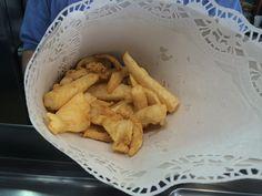 Cartucho de choco frito de Freiduría La Isla http://telepescaito.es/pescaito/chocosisla #Sevilla