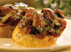 Gruyère and Mussel Crostini | Clover Leaf
