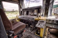 Der Zugfriedhof - ein Lost Place in Belgien mit verlassenen Zügen, wie man sie sonst nicht kennt!  Sonst fahren Sie auf den Gleisen und transportieren Menschen, jetzt stehen diese verlassenen Züge einfach nur noch rum und verkommen...