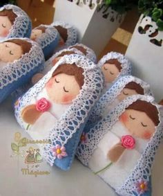 Nsa senhora Crafts To Do, Felt Crafts, Crafts For Kids, Diy Angels, Felt Angel, Angel Crafts, Sewing Dolls, Little Flowers, Felt Diy