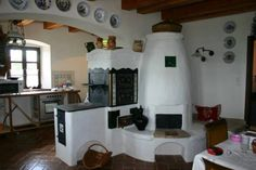 """Kemencék: Beautiful Hungarian home furnaces known as """"kakelugn"""" in Sweden… Home Furnace, Cordwood Homes, Outdoor Oven, Rustic Fireplaces, Stove Fireplace, Japanese Interior, Cottage Homes, Rustic Modern, Inspired Homes"""