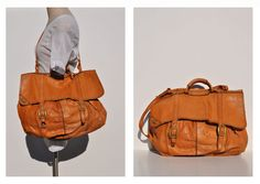I really need this bag...or one like it. 1970s inspired leather purse