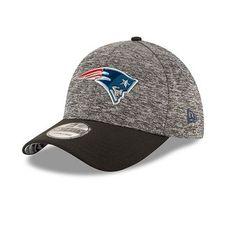 New Era 2016 Draft 39Thirty Flex Cap-Black. New England Patriots ... 4395c84e3d38
