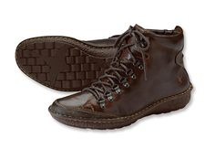 Pikolinos Leather Walking Shoes / Pikolinos Mountain Walker -- Orvis Walking Shoes, Shoe Box, Leather Men, Hiking Boots, Men's Shoes, Mountain, How To Wear, Stuff To Buy, Larger