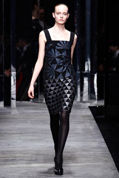 Versus Versace Fall 2011 Ready-to-Wear Collection Photos - Vogue