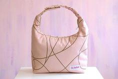 Lunch Bag Insulated Girl Lunch Bag Women Lunch Tote por LeLaStudio, $26.00