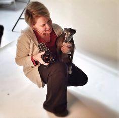Esta es Amanda Jones. Es una fotógrafa de Massachusetts que se ha especializado en perros por más de 20 años.