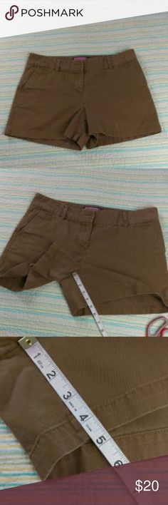 "Vineyard Vines 12 Tan Brown Classic Shorts Vineyard Vines Women's Sz 12 Tan Brown Classic Flat Front Shorts 5"" Inseam Vineyard Vines Shorts"