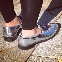 #silverloafers #japanesestreetsfashion #winter2013 #trendspotted in #aoyamafashiondistrict by www.fashioninjapan.com