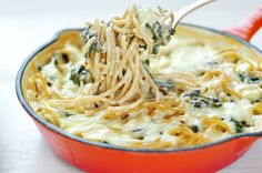 Only five ingredients, this pasta is quick and easy for a week night meal!