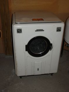 Electric washing machines that were not automatic were in 60% of the wired electric houses by 1940. Description from greenanswers.com. I searched for this on bing.com/images