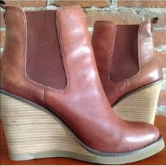 """Lucky Brand Fedora Boots ~ Congac Beautiful leather ankle boots! Size 9 worn only a couple of times and in excellent condition. The heel is just too high for me. Heel height 4"""" Lucky Brand Shoes Ankle Boots & Booties"""