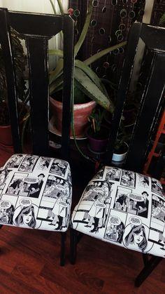 Unas sillas con altos respaldos, modernas. Before and after 💺 👇 maderademindi.blogspot.com.es  #maderademindi #restauracion #restaurando #decor #sillasmodernas #creative #tapiceria #transformando #decoracion #reciclaje #chair #ideas #desing #painting #comics #restauracionmuebles #restoration #homedecor #lovedecor #lovedesing #beauty #sillas #paint #blackandwhite #architecturelovers Painting, Ideas, Modern Chairs, Furniture Restoration, Trendy Tree, Painting Art, Paintings, Painted Canvas, Thoughts