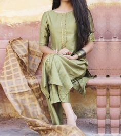 Shop online Olive green suit set Olive green cotton silk front pleat kurta with pants Trajes Pakistani, Pakistani Dresses, Indian Dresses, Indian Outfits, Salwar Designs, Blouse Designs, Dress Designs, Indian Attire, Indian Wear
