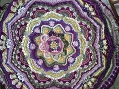 Ravelry: Project Gallery for Mandala Madness pattern by Helen Shrimpton                                                                                                                                                                                 More