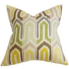 "Wiley Geometric Pillow Tamanho: 18 ""x18 $ 50,95 por Wayfair"
