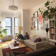 Home Living Room, Living Room Designs, Living Room Decor, Bedroom Decor, Apartment Interior, Apartment Living, Living Room Inspiration, Home Decor Inspiration, My New Room