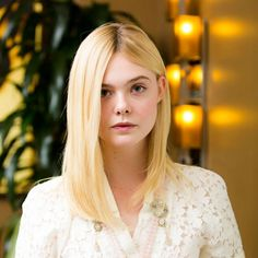 Celebrities - Elle Fanning Photos collection You can visit our site to see other photos. Dakota Fanning, Ellie Fanning, Fanning Sisters, Zooey Deschanel, Beauty Full, Celebrity Crush, Pretty People, Elsa, Georgia