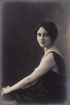 Musidora ( Jeanne Roques )