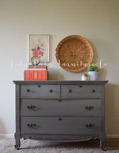 Antique Harp Dresser #DIY #furniturepaint #paintedfurniture #homedecor #dresser #antique #harp #darkgrey - blog.countrychicpaint.com