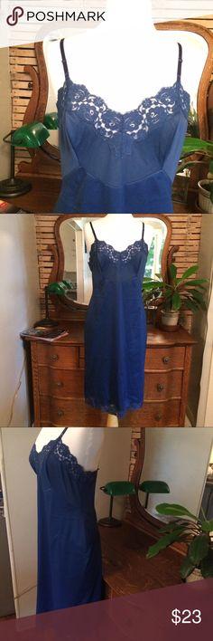 🌿lovely🌿 vintage vanity fair slip in navy size L Beautiful size L vintage Vanity Fair navy slip. Beautiful under dresses. Vintage Intimates & Sleepwear Chemises & Slips