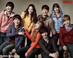 Check out f(x)'s wallpapers from SPAO with Super Junior