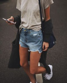 2af22c61b3c Denim cutoffs and shorts are still the summer fad with t-shirts
