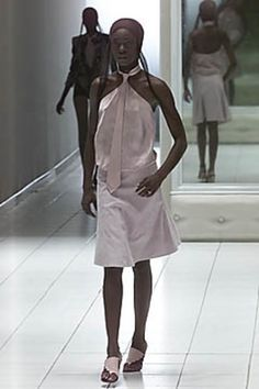 SPRING 2001 READY-TO-WEARAlexander McQueenCOLLECTION