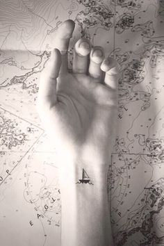 Cute Small Tattoo Designs for Women (17)