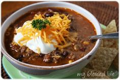 Crock Pot Taco Soup~Ive done this and its so good! You can make it healthier if you want or spicier (as i always do )