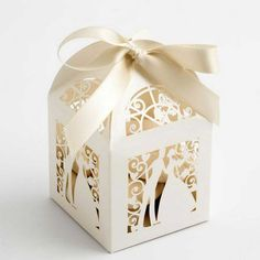 Couple Design Luxury Lase Cut Wedding Sweets Candy Gift Favour Boxes with Ribbon Table Decorations (Creamy-white) - Wedding Look Wedding Favour Sweets, Wedding Favours Luxury, Candy Wedding Favors, Party Sweets, Wedding Favor Boxes, Luxury Wedding, Rustic Wedding, Favour Boxes, Gift Boxes