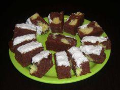 Székely Konyha: Kavart ordás sütemény Cake Cookies, Waffles, Breakfast, Food, Morning Coffee, Eten, Waffle, Meals, Morning Breakfast