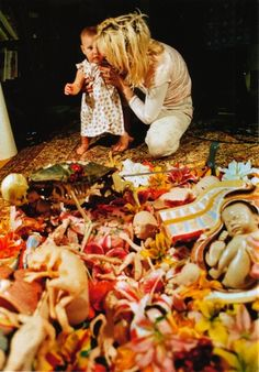 93bcff0319 Courtney Love and Frances Bean Cobain Courtney Love Hole