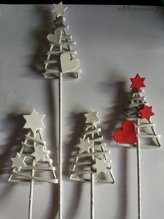 Diy Christmas Ornaments, Christmas Art, All Things Christmas, Christmas Holidays, Christmas Decorations, Egg Crafts, Xmas Crafts, Christmas Projects, Diy And Crafts