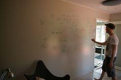 Smart Wall Paint läpinäkyvää maalia Jyväskylän Asuntomessuilla kohteessa #19 Lammi-Kivitalot Sampo, työhuone