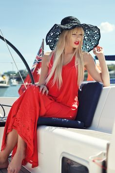 Summer hat & maxi dress. The pop of red on the lip makes it extra fun!