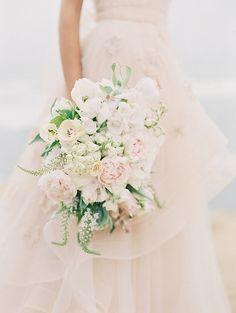 California coastal wedding. Flowers by Plenty of Petals. Carmen Santorelli Photography.
