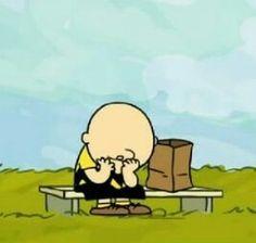 As vezes a vida nos leva pra caminhos difíceis.  #snoopy #charliebrown #life #peanuts