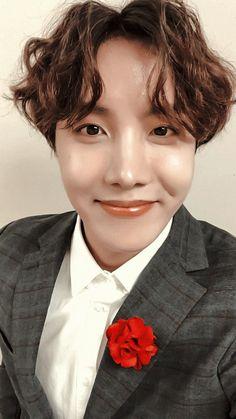 OMG Hobi , why you gotta hurt me like this , my hearteu Seokjin, Namjoon, Taehyung, Jimin, Jhope, Bts Bangtan Boy, Gwangju, Jung Hoseok, Seungri