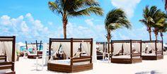 Style on the beach... Mamitas @ Playa del Carmen