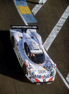 Porsche 911 GT1 Le Mans winner 1998