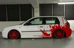 Blood Splashed paint work on a Vw Golf Mk4 maybe?