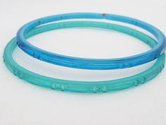Vintage Jewelry Blue & Blue Turquoise Glass Bangle Bracelets 60MM by wandajewelry2013 on Etsy