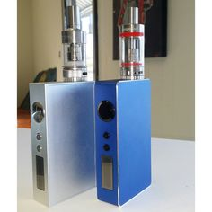 Sigelei's here are seen modeling the ever so elegant Aspire Atlantis tank & the Kanger Sub Ohm Mini. Both tanks perform beautifully and come stock with a .5 ohm coil.  The Kanger Sub Ohm also comes with a rebuildable section for you lovely cloud enthusiasts.  Come and play with these babies in person (From left to right: Sigelei 100w × Aspire Atlantis tank Sigelei 150w × Kanger Sub Ohm tank) Read more at http://websta.me/n/sunlandvape#gxBOyq8sHB6kg4W3.99sunlandvape @sunlandvape