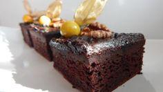 Čokoládový brownie z tofu Cake Recipes, Dessert Recipes, Tofu, Sweet Tooth, Cheesecake, Deserts, Vegetarian, Sweets, Cooking